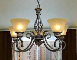Đèn chùm phòng khách cổ điển mua ở đâu? Giá bao nhiêu?